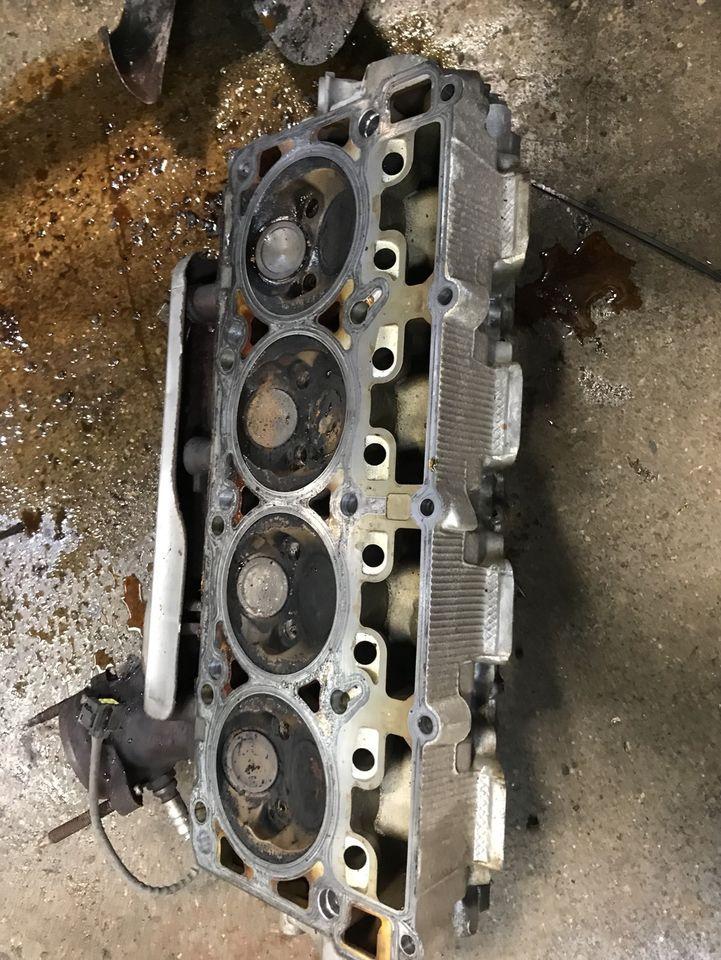 2007 Dodge Charger engine parts 5.7