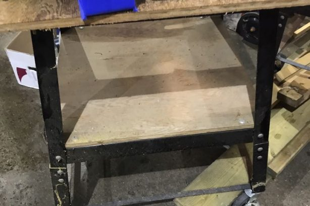 Rolling tables ( 2)