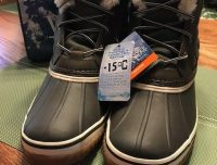 DUCK BOOTS LADIES SIZE 9 NEW